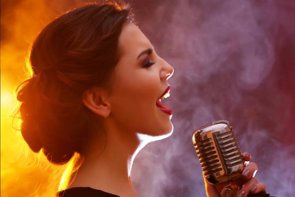 آموزش آنلاین آواز خواندن